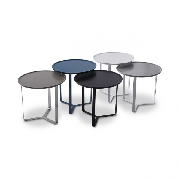 Ronald Schmitt – Beistelltisch Colour P 345 – Gruppenbild, Tischhöhen 48cm und 53cm